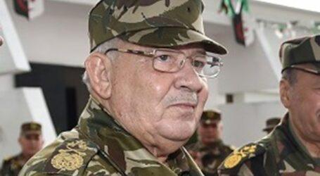 """""""ثورة تحريرية ثانية"""" في الجزائر يقودها رئيس الأركان"""