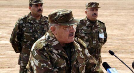 قايد صالح يحذر من عواقب الانسداد السياسي والفراغ الدستوري