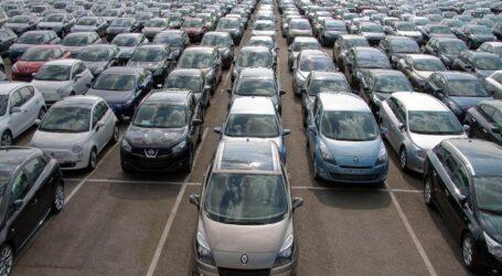 """استيراد السيارات المستعملة """"للضغط"""" على أسعار السيارات الجديدة"""
