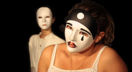 المهرجان الوطني لمسرح الهواة يشيد بتكوين 440 شاب في ٱصول الفن الرابع