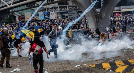 متظاهرو هونغ كونغ يستعدون لتجمعات في مراكز التسوق الكبرى
