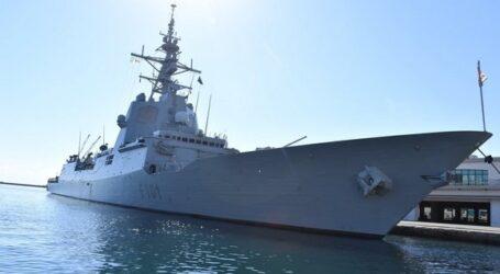 باخرة حربية إسبانية ترسو بميناء الجزائر