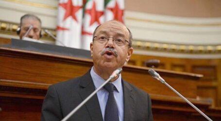مشروع قانون تجريد أفراد من الجنسية الجزائرية