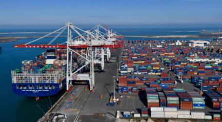 عرض ثلاثة مواقع لاستقبال قاعدة الحياة لشركة إنجازمشروع ميناء الوسط